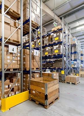 Effizienter Lagerbetrieb durch die Nutzung von individualisierten Verpackungen